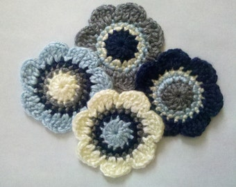 Set of 4 Crochet Flower Appliques Craft for scrapbooking sewing bow