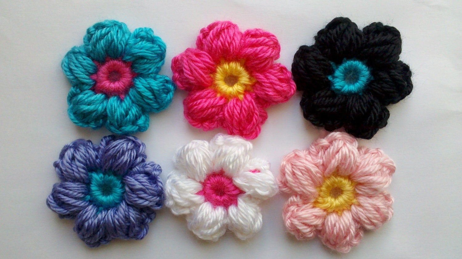 Diy crochet 6 petal puff stitch flower blanket -  Zoom