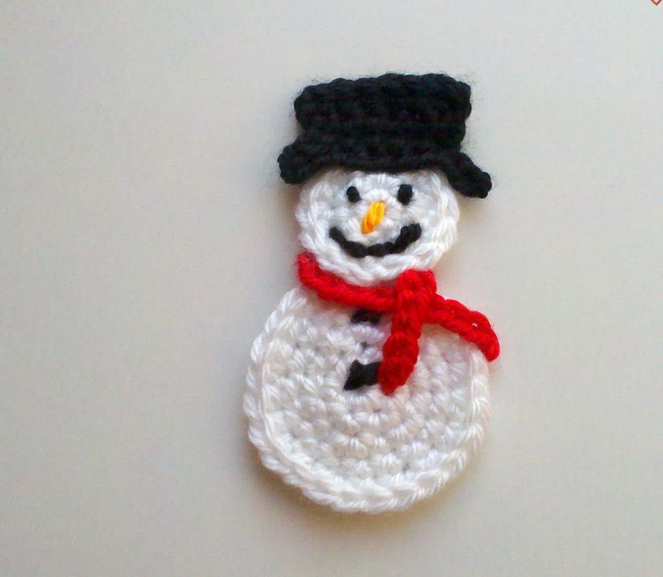 Set of 2 pcs Large handmade crochet snowman appliques 4inch