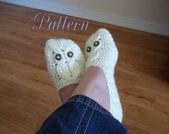 Crochet Pattern, It's a Hoot Owl Ladies Slipper in four sizes.  Instant Download