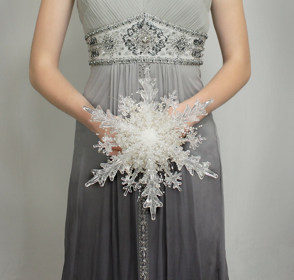 Christmas wedding dress 101 - Winter Bouquet Crystal Snowflake Bridal Bouquet For A Winter Wedding Christmas Wedding Bouquet