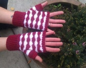 Fingerless gloves, wavey red and white stripe pattern, adult size small, vegan