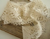 Stunning Creamy Antique French Lace. 1900s. Dolls Crafts Scrapbooking.