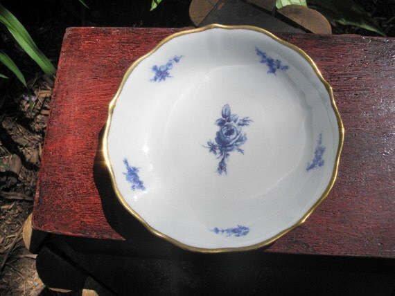 Lovely Blue and White Bavaria Germany Porcelain Bowl