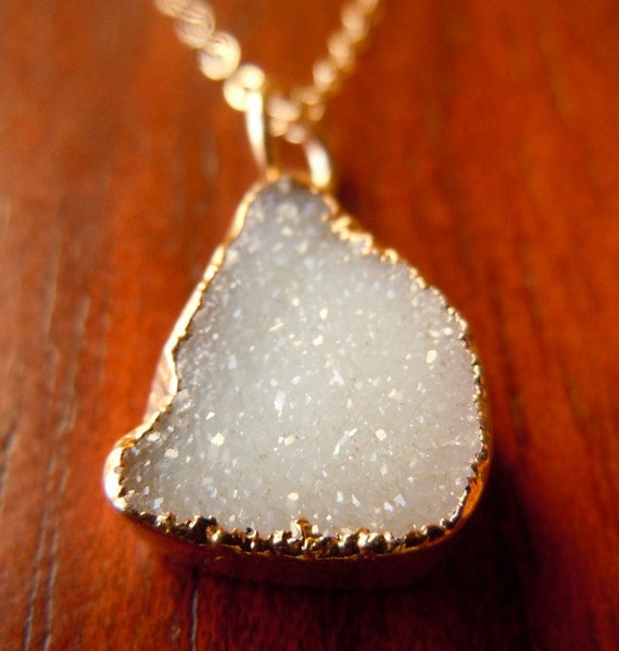 Geode Jewelry : White Druzy Necklace in Gold