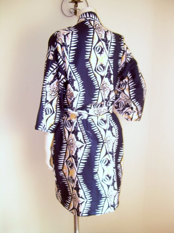 Mens  Kimono in Shaheen Hawaiiana Cotton Robe is Belted