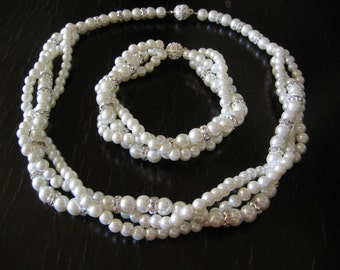 BRIDAL SET-  (2 Items ) Bridesmaid set -Ivory Swarovski Pearls -  Necklace and Bracelet.Wedding jewelry - Pearl Necklace -Bridal Jewelry