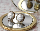 Vintage style pearl and gold stud earrings