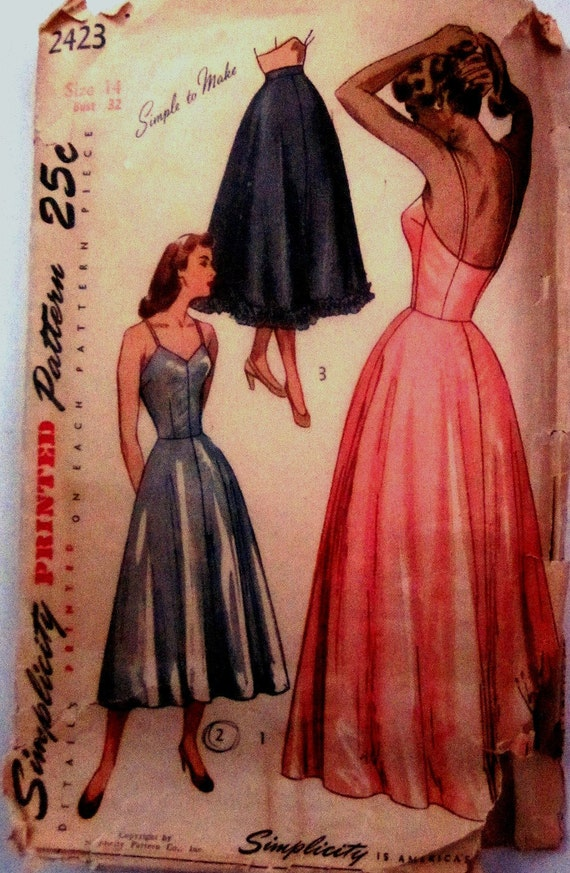 Vintage 1940s Simplicity 2423 Womens Slip and Petticoat Pattern