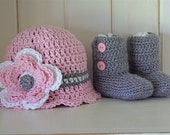 Baby gift set ( ankle booties and scallop edge hat)