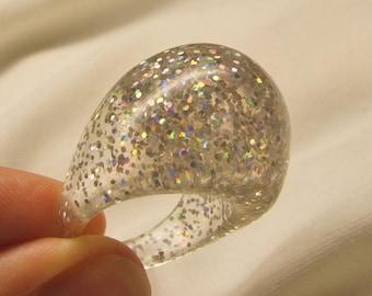 Mod vintage 70's confetti lucite bubble ring sizes available