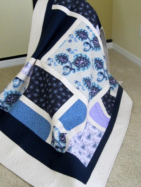 Navy Blue/Cream/Lt. Lavender - Modern Lap Quilt
