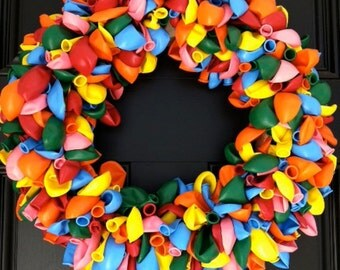 BIRTHDAY BALLOON WREATH-Birthday Wreath-Party Decoration-Door Wreath~Balloon party~Balloon decoration~Birthday decoration~1st birthday~