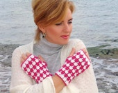 Sale Crochet  mittens, white pink  fingerless gloves, arm warmers wool acrilyc blend yarn