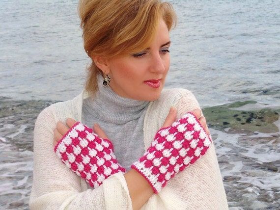 Sale Crochet  mittens, white pink  fingerless gloves, arm warmers wool acrilyc blend yarn
