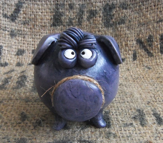 Clay Piggy Bank With Bangs