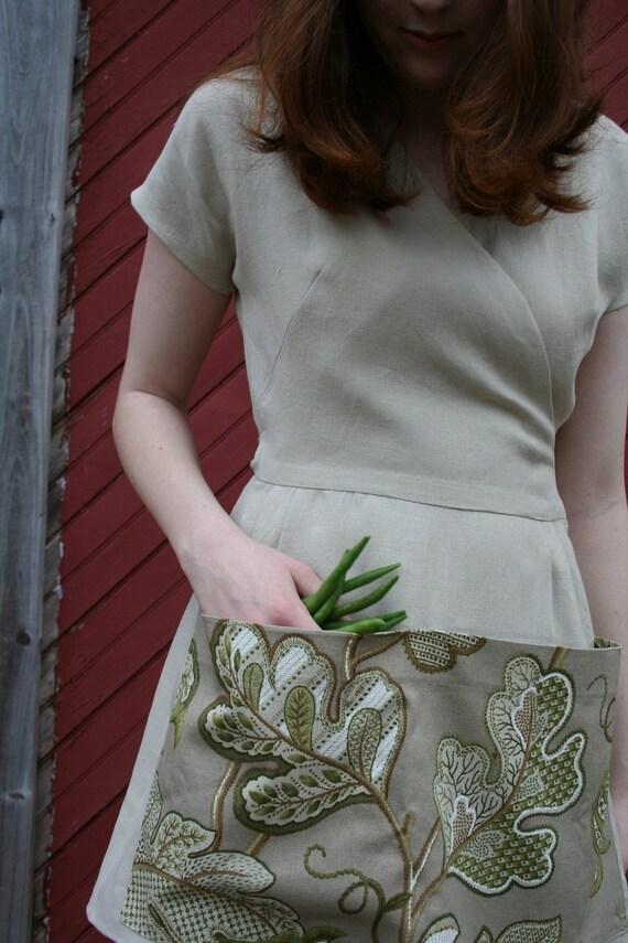 Linen Gardening Apron/Gardening Smock - Size MEDIUM - Beige Linen - Farmhouse Style