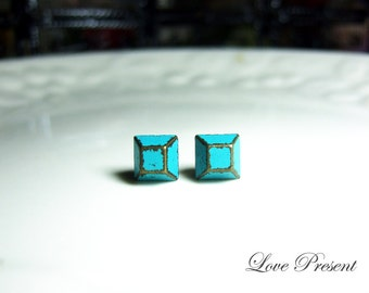 Rock N Roll and Punk Trapezoid earrings stud style - Color Turquoise Teal Blue Patina Verdigris
