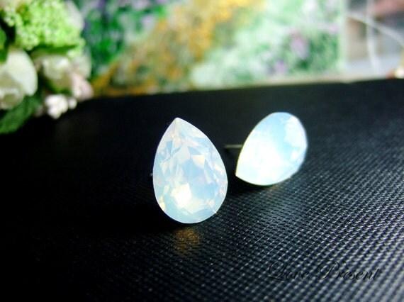 Supreme Sparky  Elegant Tear Drop Swarovski Crystal earrings stud style (Metal base) - Color White Opal