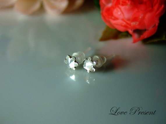 Swarovski Crystal Stud Teeny Tiny Daisy Tansy Cartilage Earrings - Color Clear Crystal - Hypoallergenic or Metal post - Choose your post