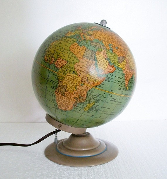 """Vintage 7"""" Lighted Glass Globe - Excellent Condition - Very Scarce - TREASURY PICK"""