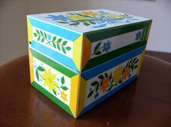 Vintage Tin Litho Recipe Box