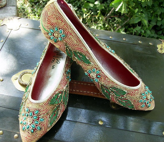 Vintage Silk and Bead Embroidered Heels, Size 6
