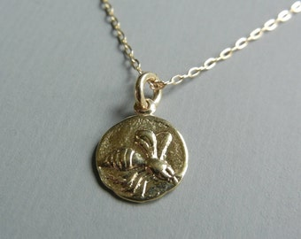 Little Bee Tag Necklace (Gold)