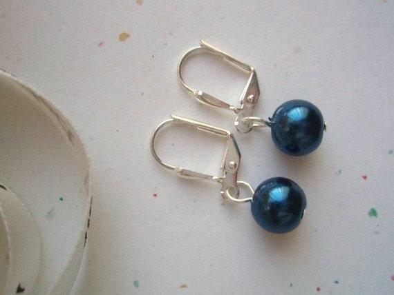 Blue earrings, GIVEAWAY  Navy Blue glass Pearl leverback Earrings, Bridemaids Earrings, Bridesmaid Gifts, 1 pair