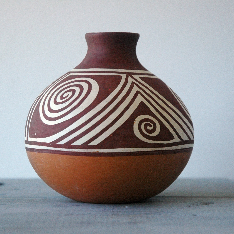 Venezuelan indian pot for Handmade pots design