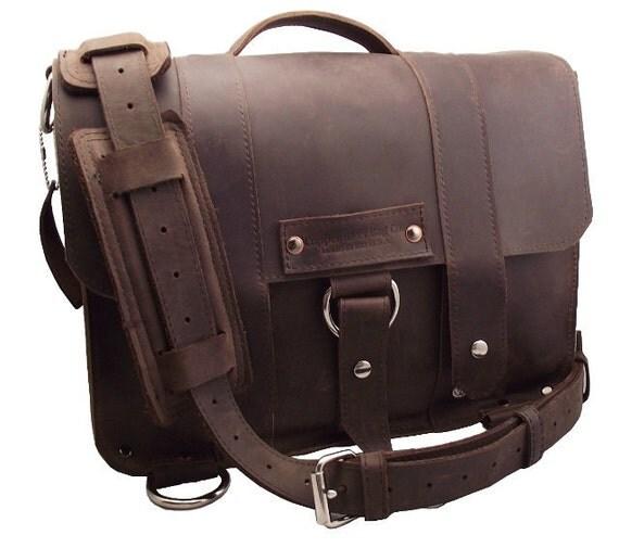 "15"" Laptop Journeyman Messenger Bag - Brown - 100% Full Grain Leather - Handmade in the U.S.A. - Water Resistant - inside iPad Pocket"
