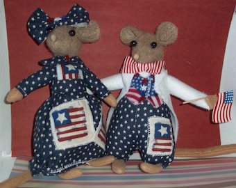 OOAK Fourth of July Mouse doll couple