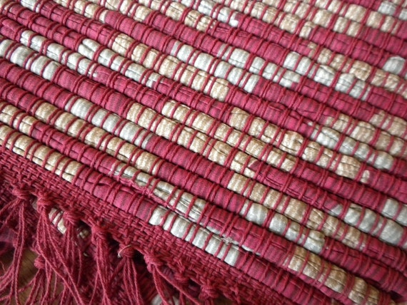 Handwoven Placemats in Red and Beige