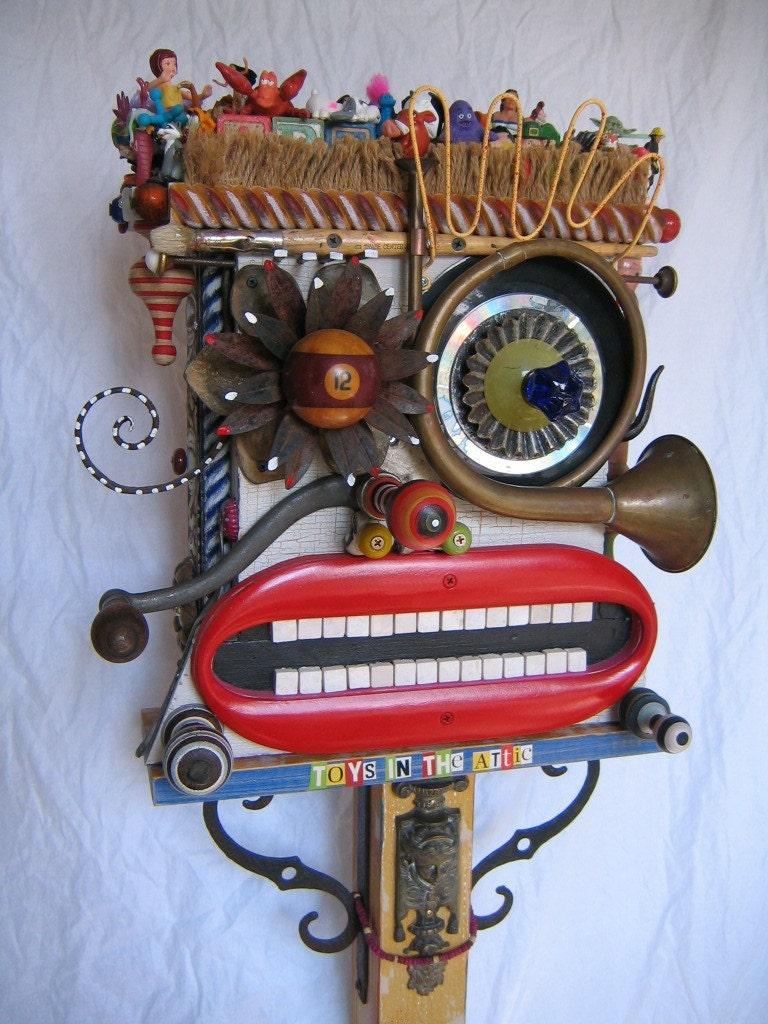 Upcycled Art with The Moore Family Folk Art | Blue Giraffe 30a  |Upcycled Art