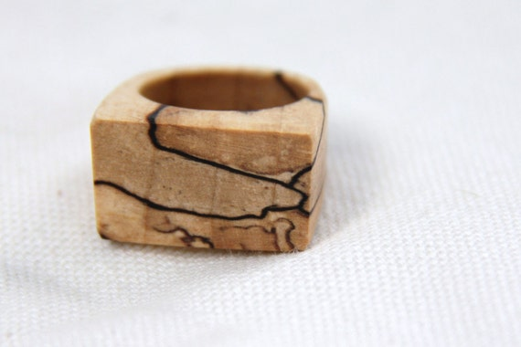 calico- natural wood ring in spalted maple- size 7