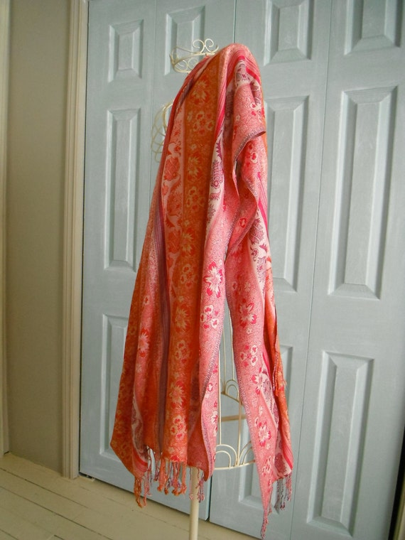 red long vintage scarf ladies hippie vintage scarf shabby chic patterned scarf long fringed scarf fashion scarf