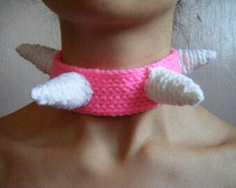 Soft Spiky Choker: White on Pink