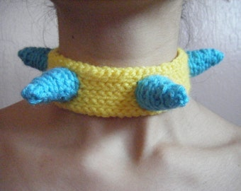 Soft Spiky Choker: Turquoise on Yellow