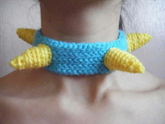 Soft Spiky Choker: Yellow on Turquoise
