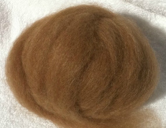1oz Light Brown Alpaca Bamboo roving from Colorado