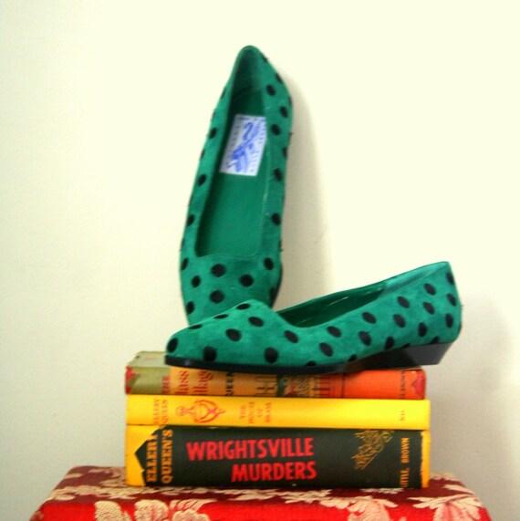 vintage shoes / flats POLKA DOT perry ellis GREEN mismates . 8 Left / 7.5 Right