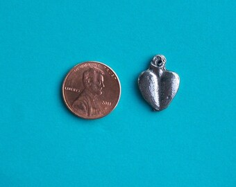 Milagro Lot - Lot of 25 Standard Pewter Heart Milagros