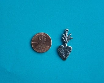 Milagro Lot - Lot of 25 Flamed Pewter Heart Milagros Type II