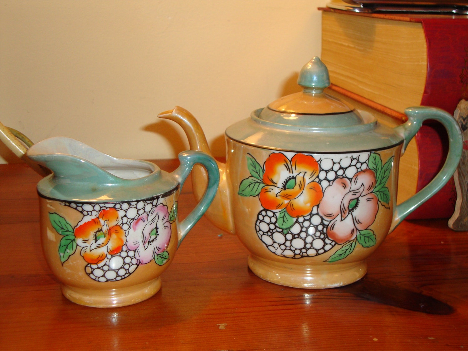 occupied japan made hand painted lustreware tea pot by. Black Bedroom Furniture Sets. Home Design Ideas