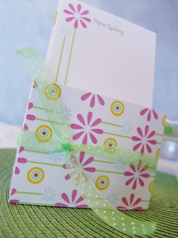 Think Spring -  DIY Printable Paper Stationery / Printed Pattern Paper