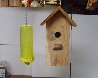 Yellow Jacket birdhouse trap cover
