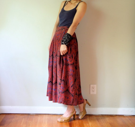 vintage women burgundy red black blue paisley floral printed high waisted pleated midi ankle long full maxi skirt (size 4 6)