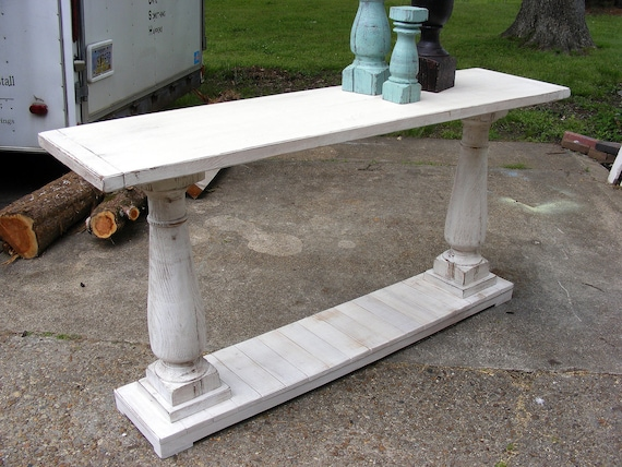 Console Table Handcrafted Shabby White With Balustrade Legs