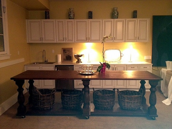 Huge Kitchen Island English Chestnut Finish Solid Pine Balustrade Legs With Casters