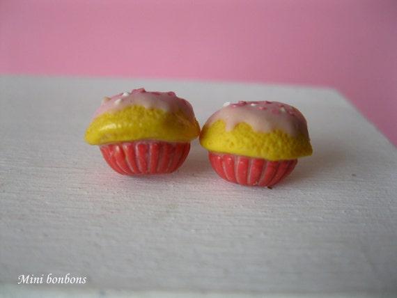 SALE - Pink cupcake earrings - post earrings